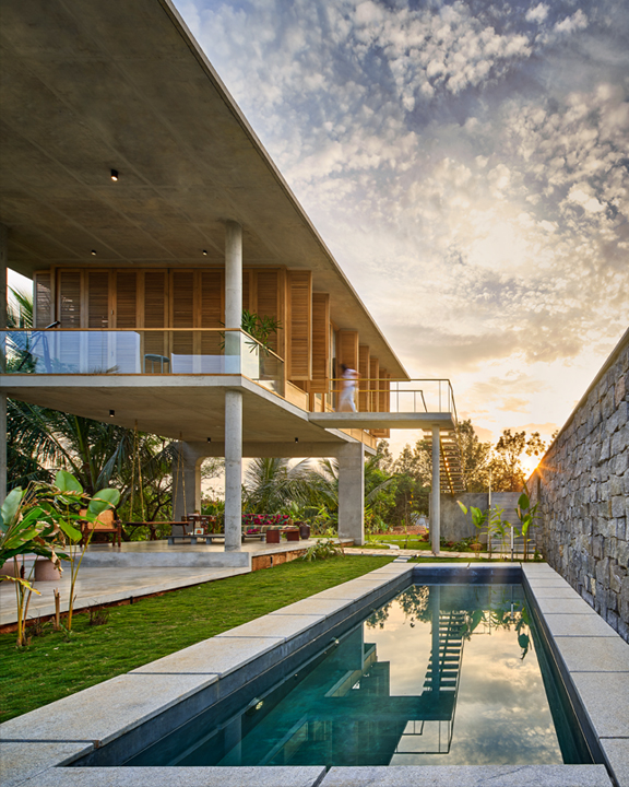 Ksaraah Residence by Taliesyn Design & Architecture